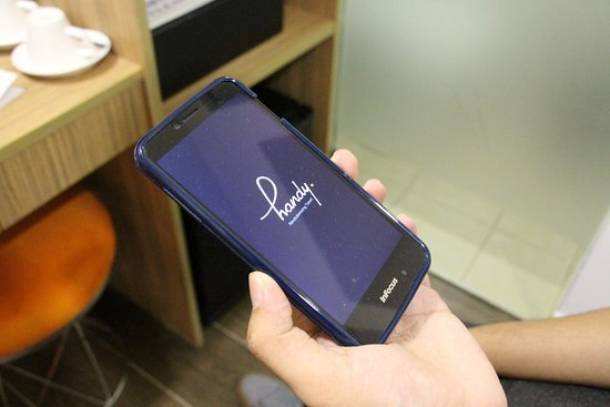 Handy phone Singapore